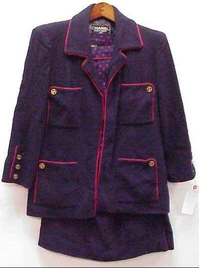 4030: CHANEL BOUTIQUE 3 PC NAVY AND RED SUIT, WITH SIGN