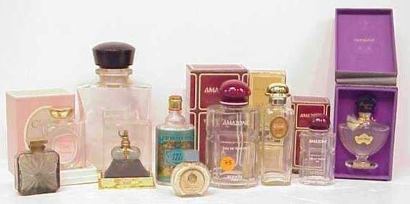 4050: BOX LOT PERFUME BOTTLES, INCLUDES: DIOR, SHALIMAR