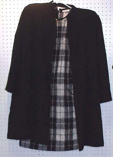 4049: VALENTINO BOUTIQUE BLACK AND WHITE PLAID WOOL DRE