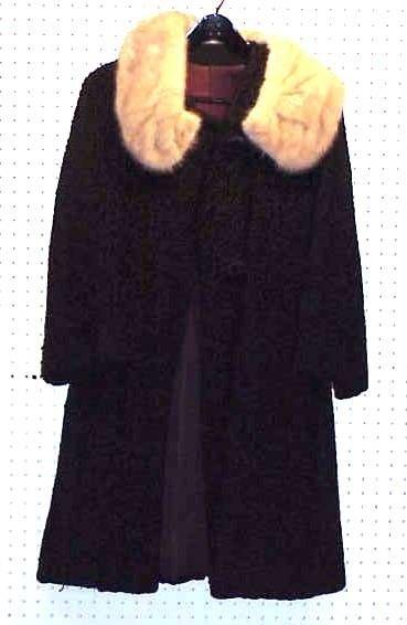 4212: PERSIAN LAMB COAT WITH MINK COLLAR