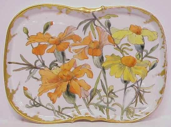 30A: LIMOGES HAND PAINTED TRAY DECORATED WITH DAISIES