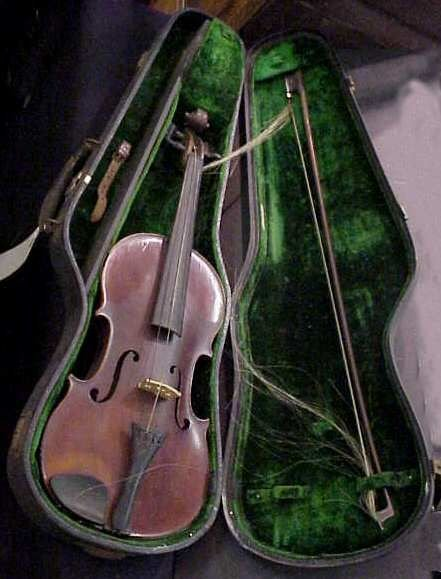 32: OLD CASED VIOLIN, LABELED DERAZEY, 1912 PATENT,WITH