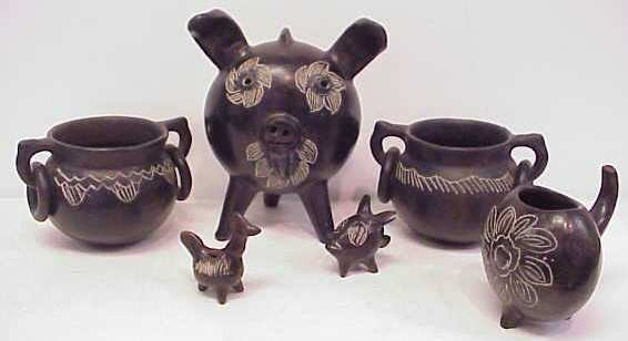 14: 6 SOUTH AMERICAN BLACK POTTERY PIECES: 3 FIGURES &