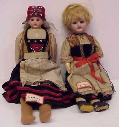 32: 2 EARLY 20THC EUROPEAN DOLLS WITH PORCELAIN HEADS:
