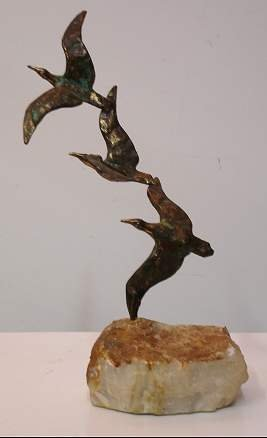 2004: CURTIS JERE BRONZE SEAGULL SCULPTURE MOUNTED ON S