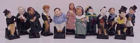 3007A: TWELVE SMALL ROYAL DOULTON FIGURES