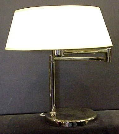 1020A: MODERN NESSON CHROME SWING ARM TABLE LAMP