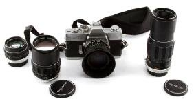 VINTAGE MINOLTA CAMERA WITH 4 LENSES