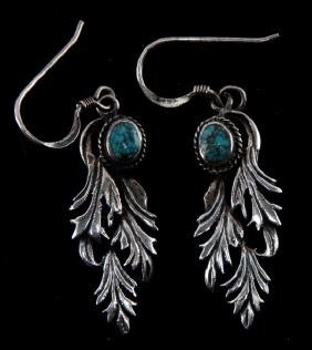 STERLING SILVER EARRINGS WITH TURQUOISE STONE