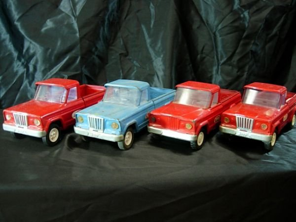2: 4 TONKA PRESSED STEEL PICKUP TRUCKS 1962-69