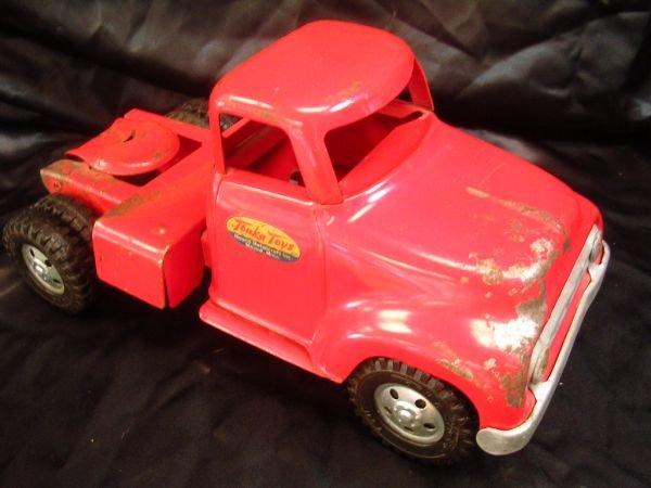 20: 1954-55 RED ROUND FENDER SEMI TRACTOR TRUCK