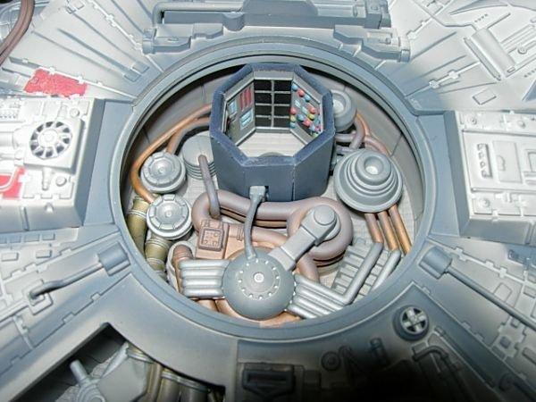 93: STAR WARS MILLENIUM FALCON CODE 3 DIECAST MODEL - 8