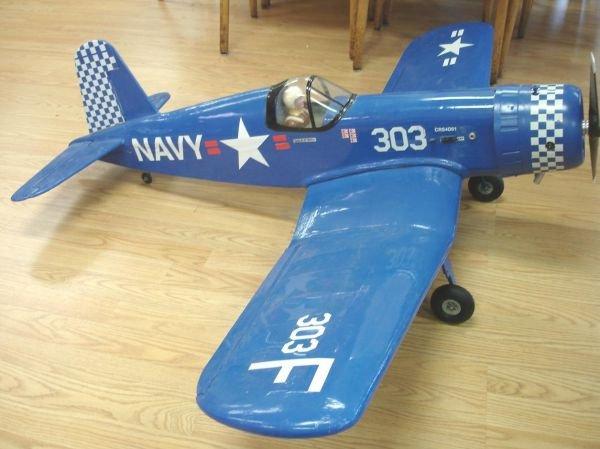 NAVY WW2 CORSAIR RC NITRO GAS RADIO CONTROLLED AIRPLANE