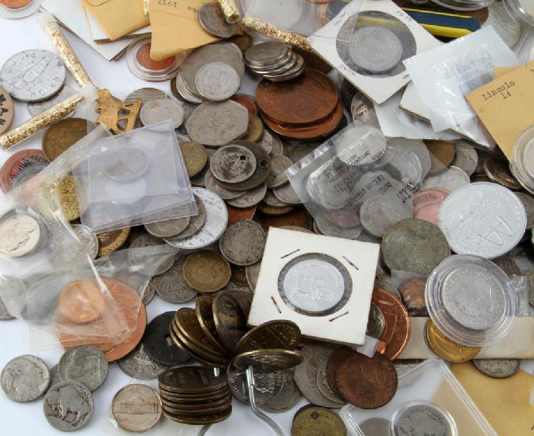 8.2 POUNDS OF WORLD COINS TOKENS & NUMISMATICA