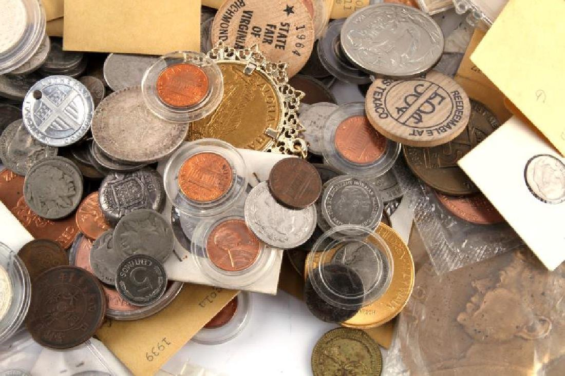 8.2 POUNDS OF WORLD COINS TOKENS & NUMISMATICA - 2