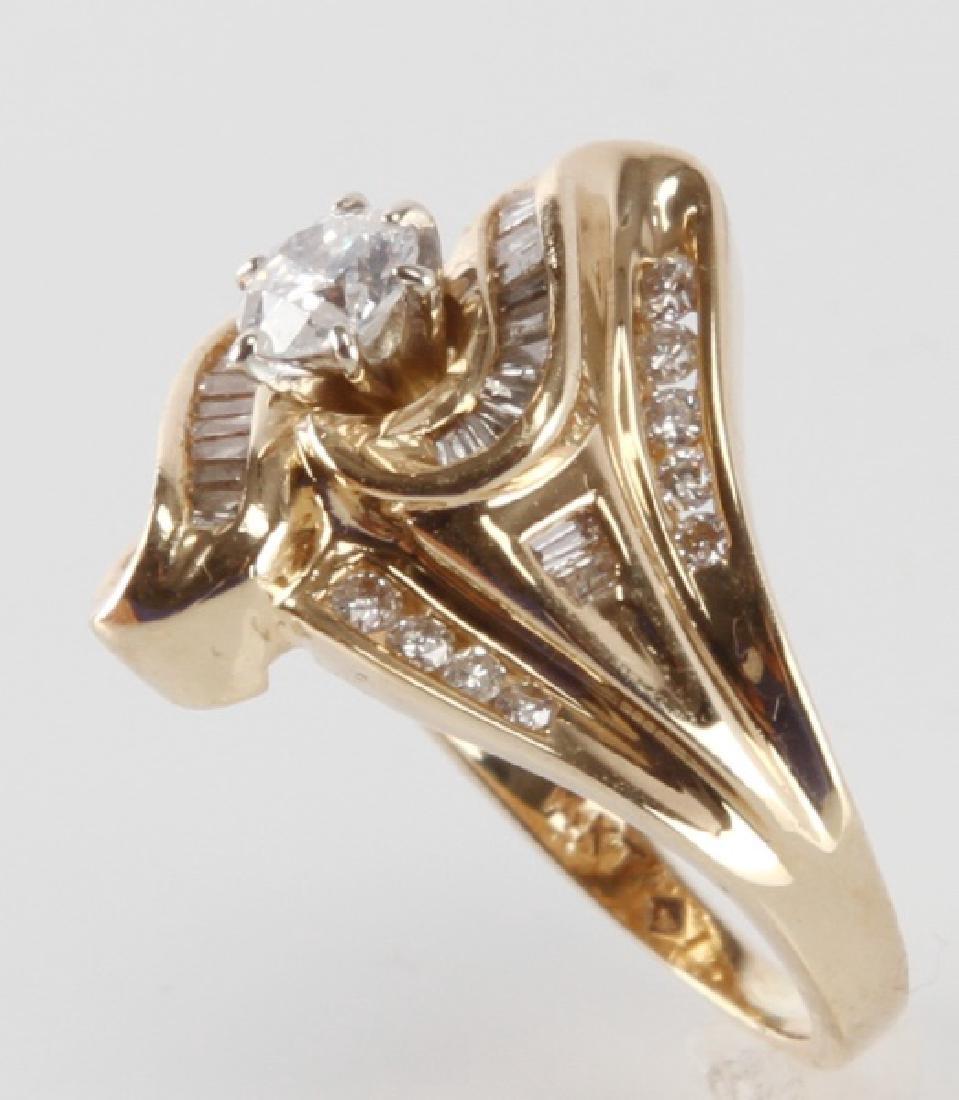 ADIES 14K YELLOW GOLD AND DIAMOND RING - 3