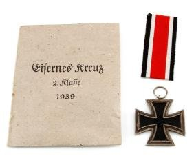 GERMAN WWII IRON CROSS 2ND CLASS WITH ENVELOPE