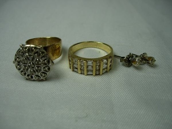 11: 10K 14K YELLOW WHITE GOLD DIAMOND RING EARRING LOT