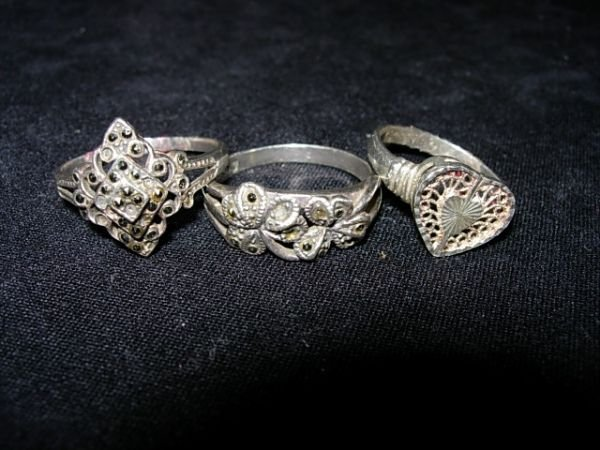90017: STERLING SILVER MARCASITE FILAGREE RING LOT