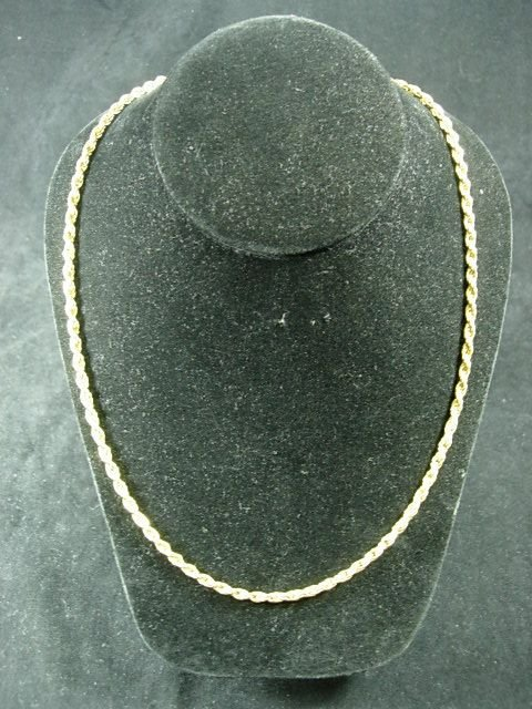 """90257: 10K YELLOW GOLD 24"""" CHAIN NECKLACE 18.4 GRAMS"""