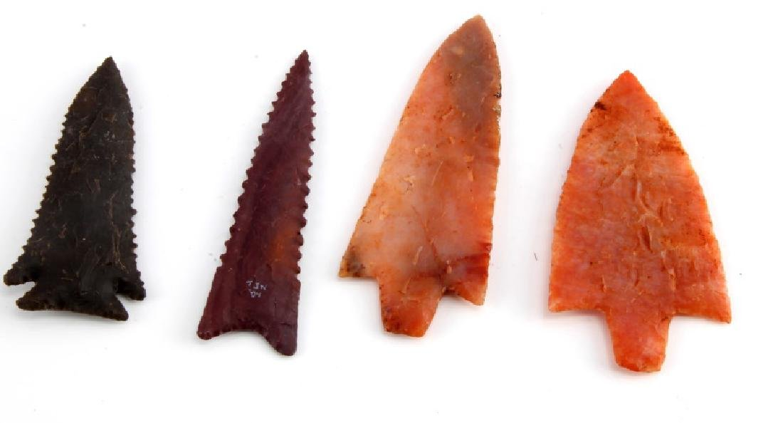 LOT OF 2 NEWNAN 1 KIRK AND 1 GILCHREST ARROWHEADS - 4