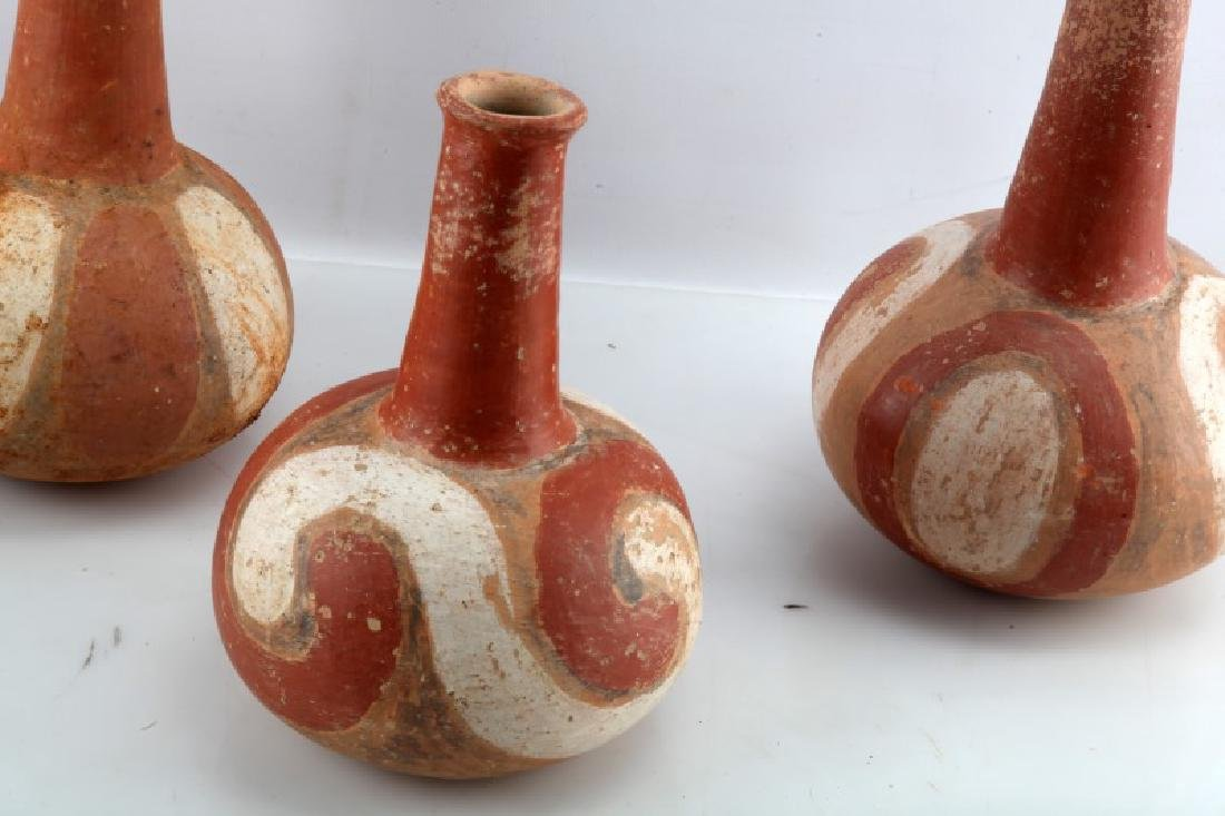 LOT OF 3 - NATIVE AMERICAN CLAY VASES SOUTHWESTERN - 2
