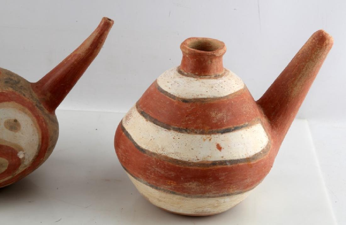 LOT OF 2 NATIVE AMERICAN CLAY TEAPOTS SOUTHWESTERN - 2