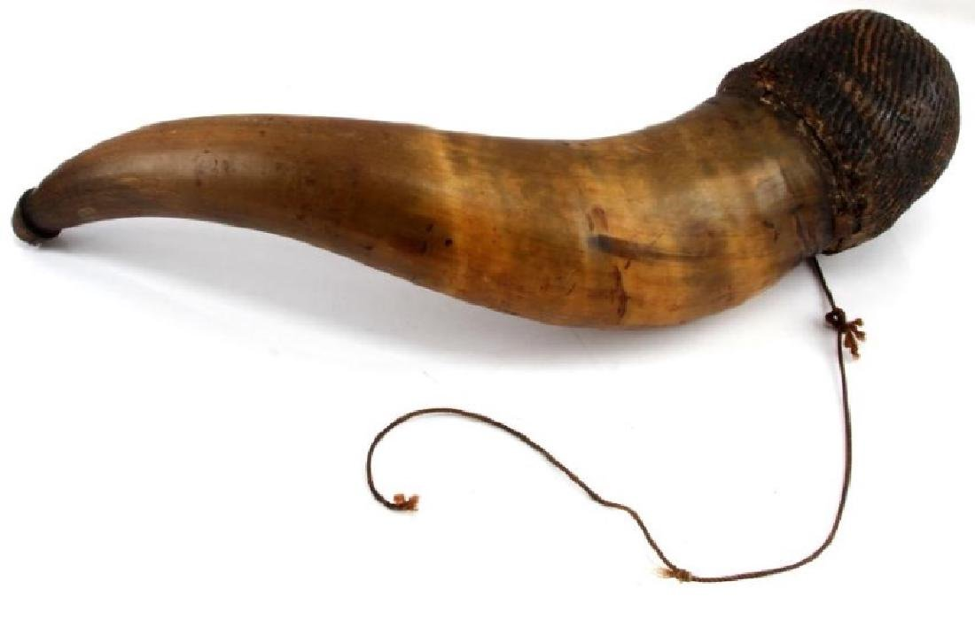 BULL HORN POWDER HORN WITH ENGRAVED WORDS - 4