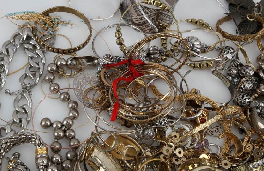 MIXED LOT OF COSTUME JEWELRY 7.8 POUNDS - 2