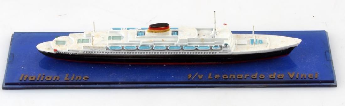 VINTAGE LEONARDO DA VINCI ITALIAN LINE SHIP MODEL