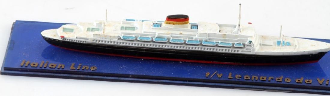 VINTAGE LEONARDO DA VINCI ITALIAN LINE SHIP MODEL - 2