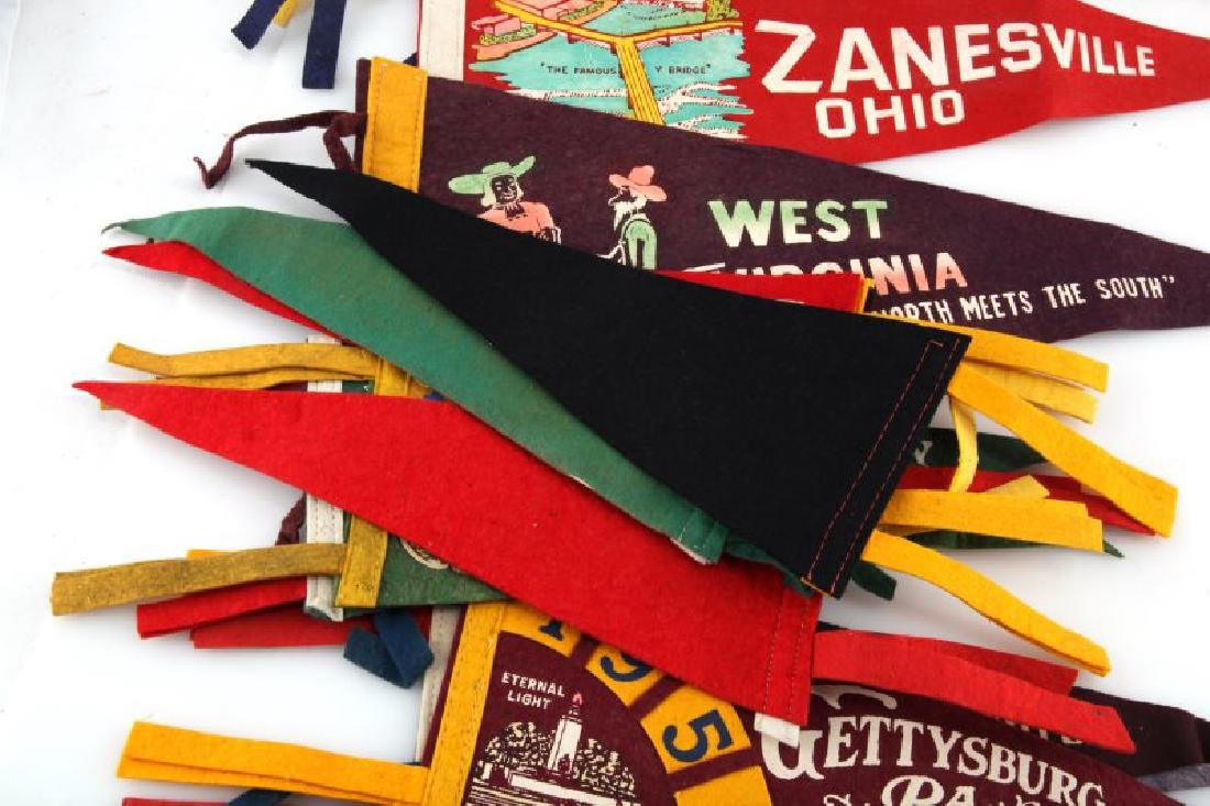 LOT OF 13 VINTAGE FELT PENNANTS ICE FOLLIES STATES - 4
