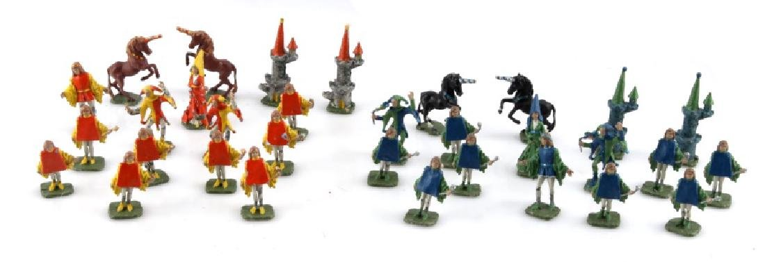 VINTAGE MEDIEVAL STYLE CHESS PIECES WITH JESTER 16