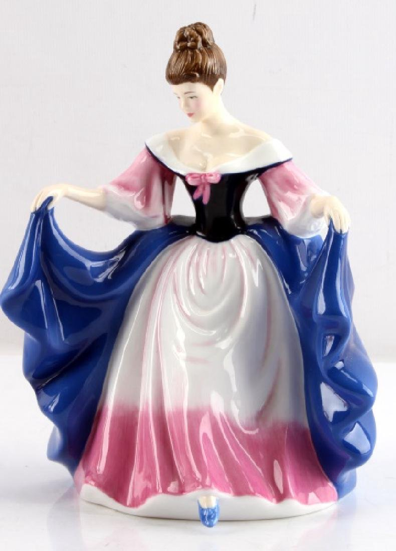 ROYAL DOULTON PRETTY LADIES SARA FIGURINE
