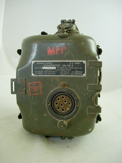 WWII US ARMY SIGNAL CORPS RADIO GENERATOR GN-58-A