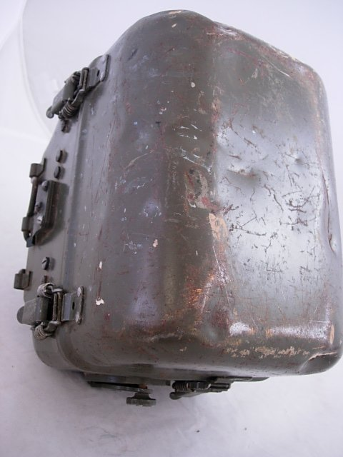 WWII US ARMY SIGNAL CORPS RADIO GENERATOR GN-58-A   - 4