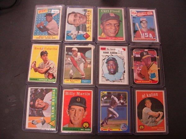 LOT OF 12 BASEBALL CARDS 60'S 70'S 80'S TOPPS