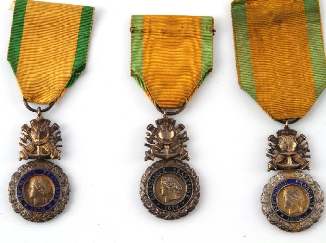 LOT 9 ANTIQUE FRENCH MEDALS & 1 AMER LEGION COIN