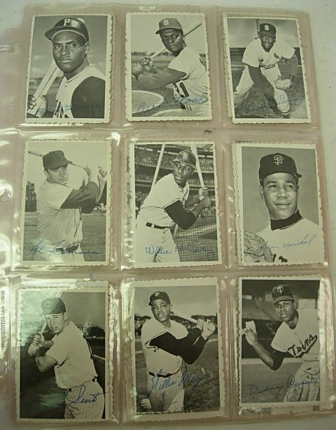 COMPLETE 1969 DECKLE SET WITH FOY CARD
