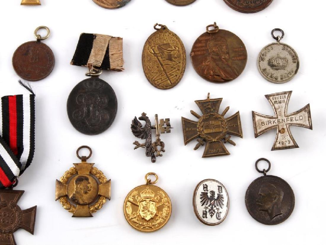 LOT OF 30 PLUS WWI GERMAN MILITARY MEDALS - 4