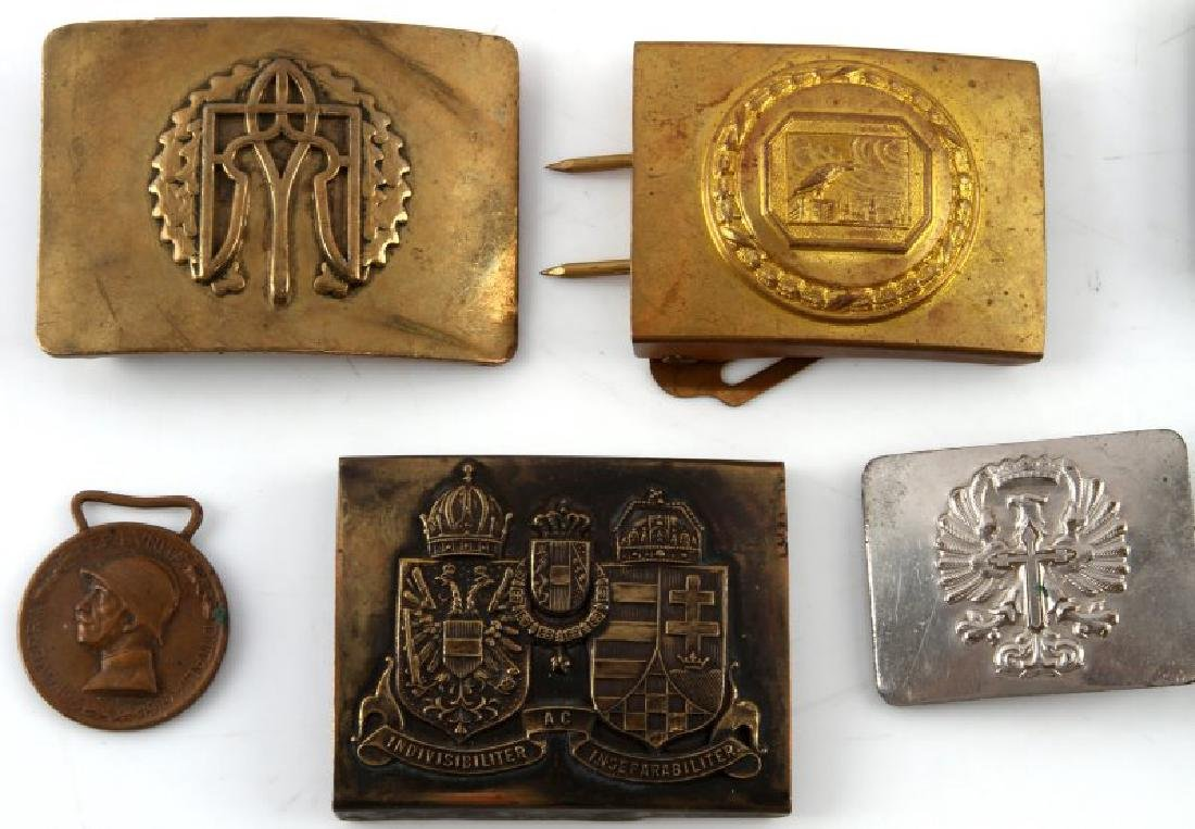 LOT OF 8 ANTIQUE  MILITARY & FRATERNAL BELT BUCKLE - 2