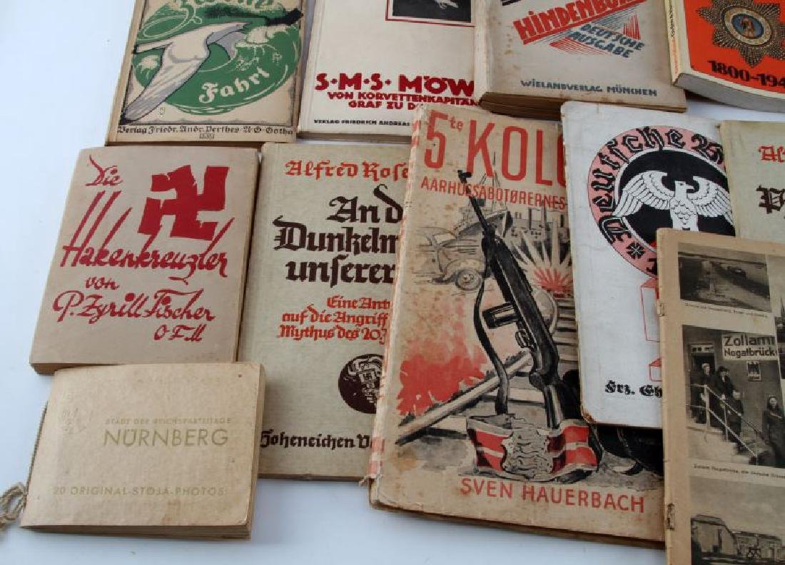 LOT OF 14 VTG GERMAN PAPERBACK BOOKS & PHOTO ALBUM - 5