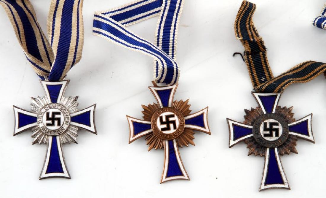GERMAN WWII 6 MOTHERS CROSSES 3 SILVER 3 BRONZE - 2