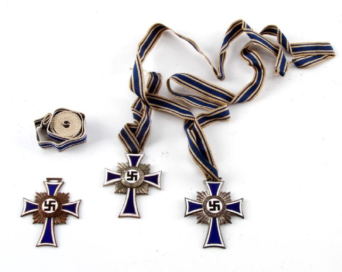 3 GERMAN WWII MOTHERS CROSSES W UNISSUED RIBBON