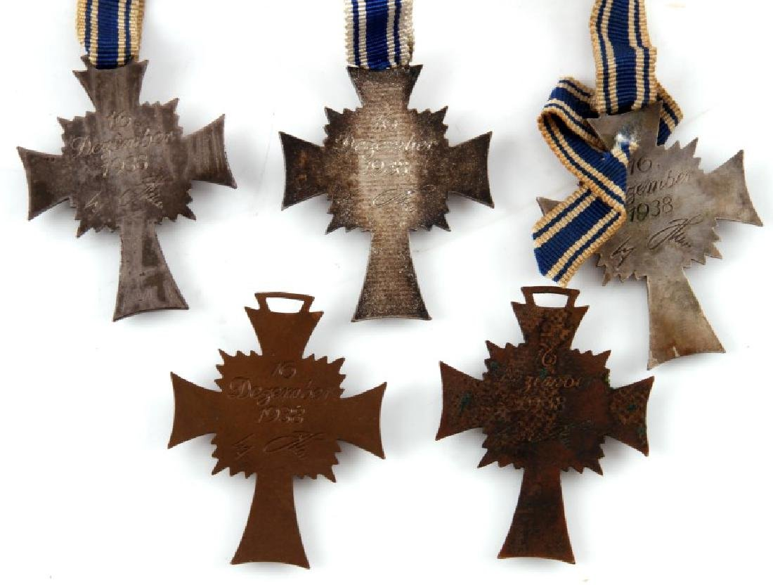 5 GERMAN WWII MOTHERS CROSSES WITH RIBBONS - 3
