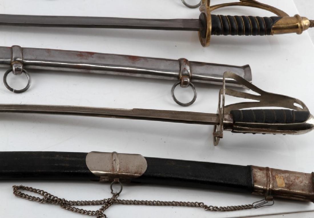 LOT OF 3 1840 CAVALRY DRAGOON SABERS W SHEATHS - 3