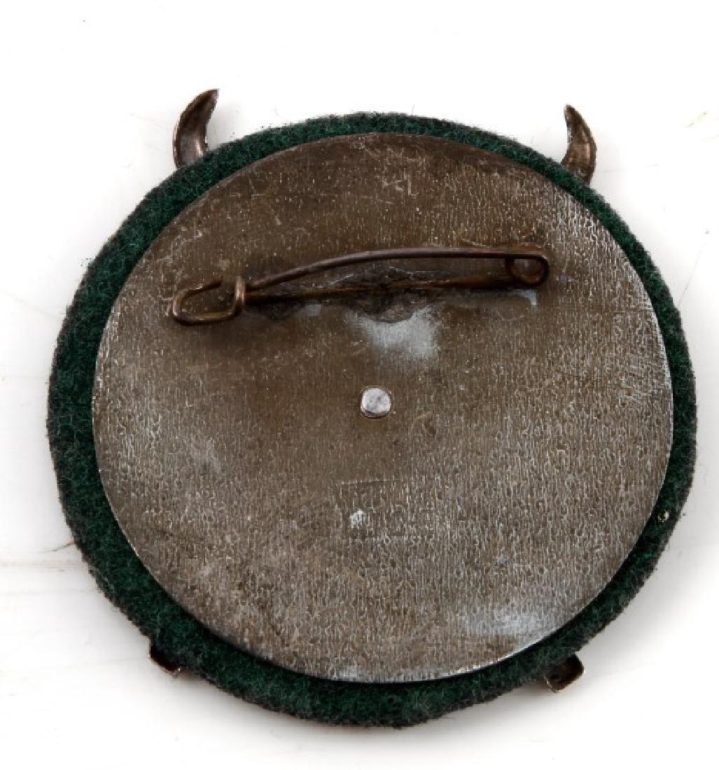 GERMAN WWII HITLER JUGEND SKI FUHRER SHIELD - 3
