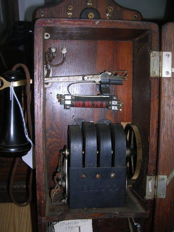 VINTAGE 1901 KELLOGG WALL CRANK PHONE TELEPHONE   - 4