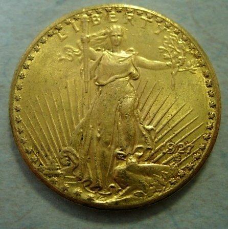 1927 US ST GAUDENS 1 OZ $20 GOLD COIN UNC+