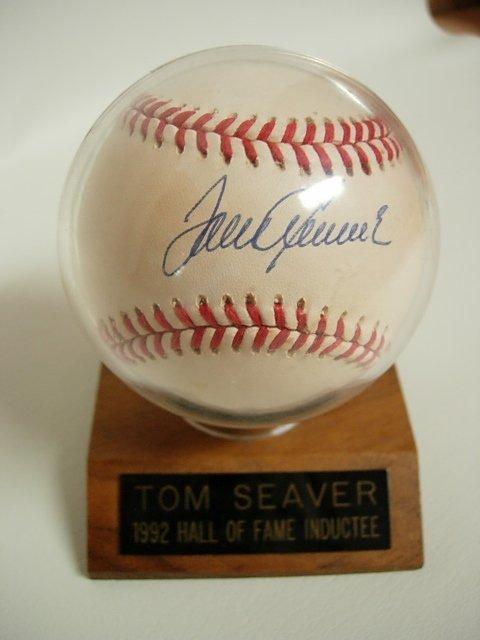TOM SEAVER SIGNED 1992 HALL OF FAME BASEBALL COA